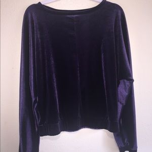 Oversized velvet stretch top